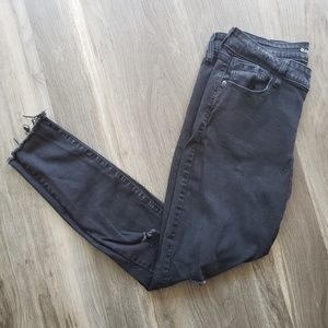 Old Navy Rockstar mid-rise skinny jeans size 14